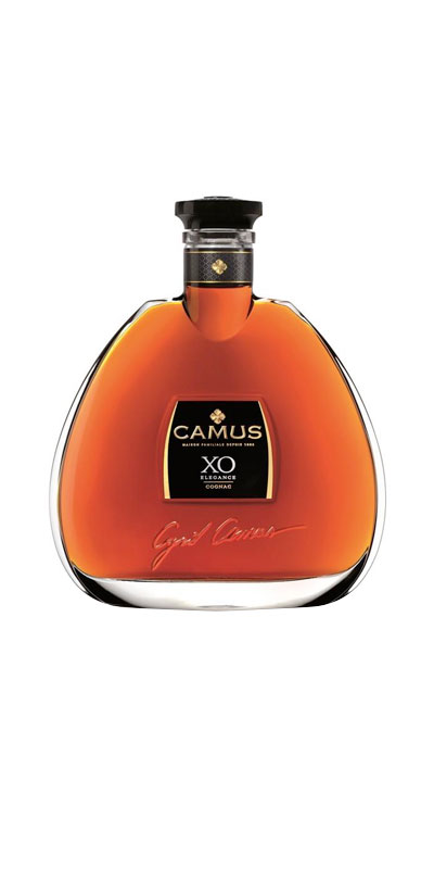 <p>Creating CAMUS XO Elegance requires years of meticulous work. The process starts with the careful selection of different styles of hugely rich eaux-de-vie from all six of the Cognac crus (Borderies, Petite Champagne, Bons Bois, Grande Champagne, Fins Bois, Bois à Terroirs).</p> <p>The presence of the Borderies cru among these eaux-de-vie gives the Cognac a rounder flavor and greater aromatic length. Long aging in cool, damp cellars ensures that each barrel gains a perfect level of maturity. A meticulous blending process finally reveals the Cognac's personality in all its glory: a myriad of complex, harmonious aromas.</p> <p>Best enjoyed in a tulip glass, either straight or mixed with a dash of mineral water. A serving temperature of 17-20°C is recommended to fully appreciate XO Elegance.</p>